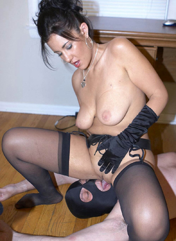 facesitting nylon stockings pussy smother jpg 853x1280